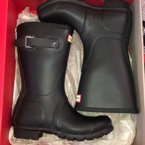 Womens Hunter rain boots in short